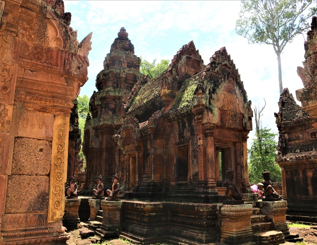 Boeng Mealea and Banteay Srei - Private